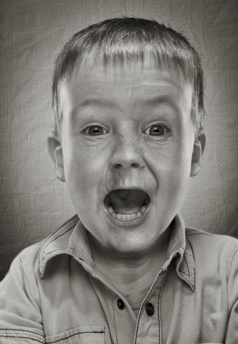 «Не старей» («Never Grow Old»): странные фотографии Руада Делоне