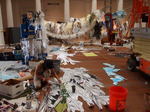 Инсталляция на морскую тематику: подготовка арт-объекта в самом разгаре
