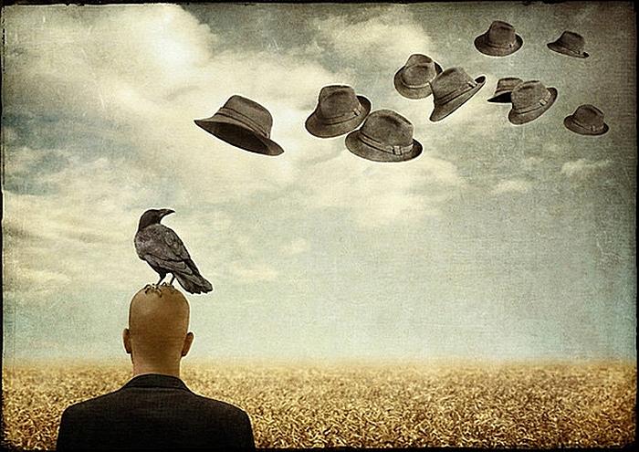 Летят перелетные шляпы: креативные фотографии и коллажи Саролты Бан