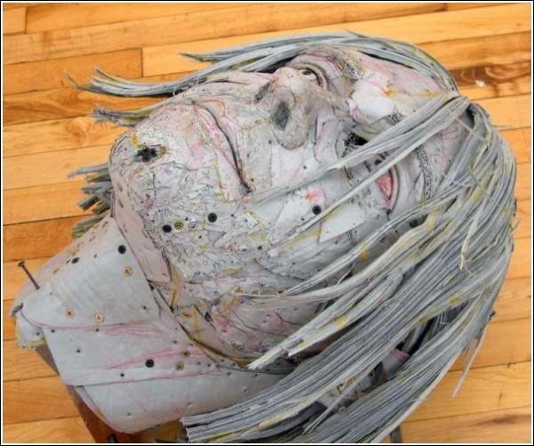 Картон - идеальный материал для скульптора Скотта Файфа