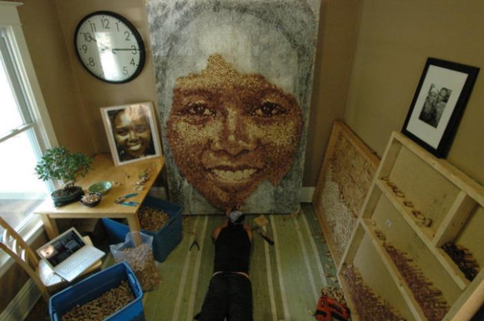 Женские портреты из винных пробок: процесс пошел