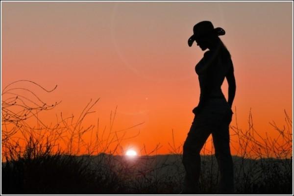 Силуэты на закате: контрастные фотографии Ти Джея Скотта