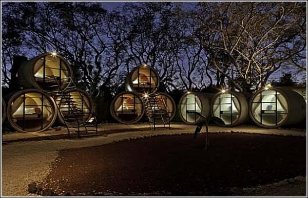 Необычный отель или *Монастырская изба*?
