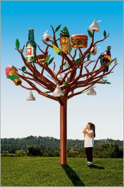 Чудо-дерево: яркая городская скульптура Джин Уэллс
