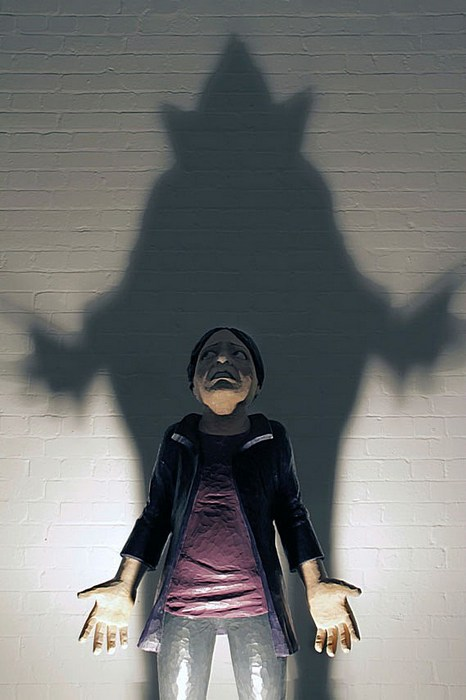 Попытка пролить свет на современную скульптуру