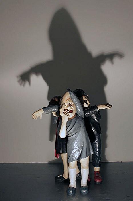 Осадок в виде тени на стене: современная скульптура Ясама Сасмазера
