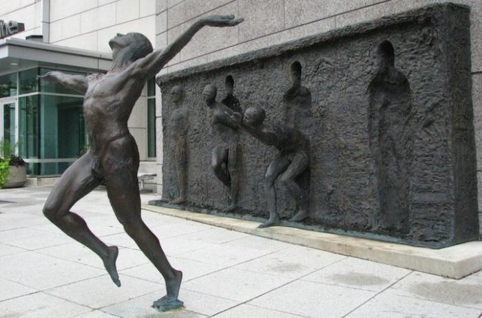 Я вырвался! Городская скульптура Зеноса Фрудакиса