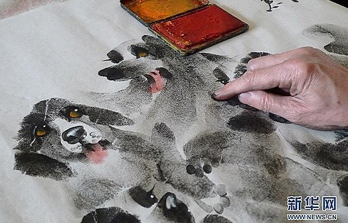 Художественная дактилоскопия Чжана Баохуана: непростое рисование руками