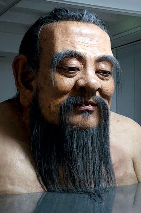 Донельзя реалистичный Конфуций. Современная скульптура древнего мыслителя