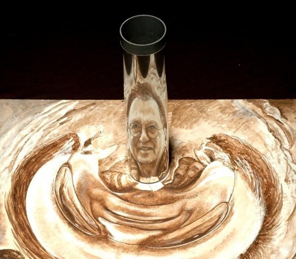 Анаморфоз Автара Сингха Вирди: портреты в кривых зеркалах
