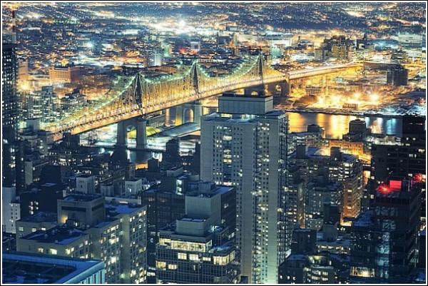 Городские фотографии Эндрю Мейса: висячий мост
