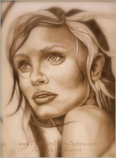 Из художника-графика Рейвен Коллинз превратилась в спецпортретиста