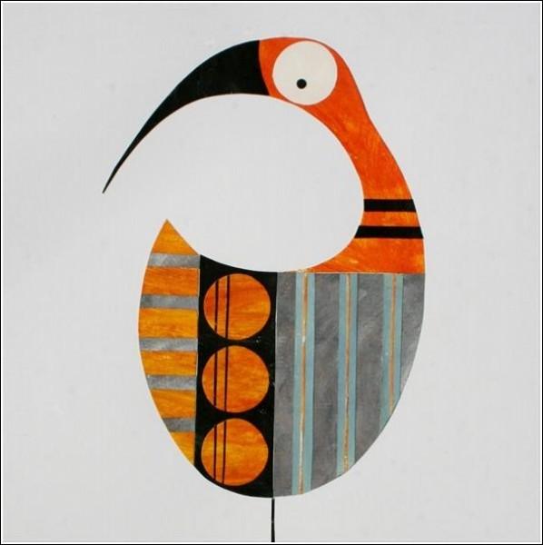 Птица, силуэт которой напоминает гостиничную табличку «Не беспокоить»