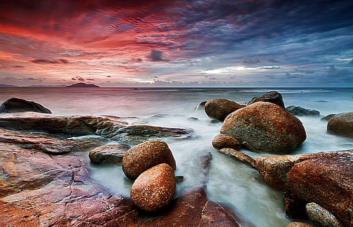 Небо. Море. Камни. Изумительные фотопейзажи Бобби Бонга