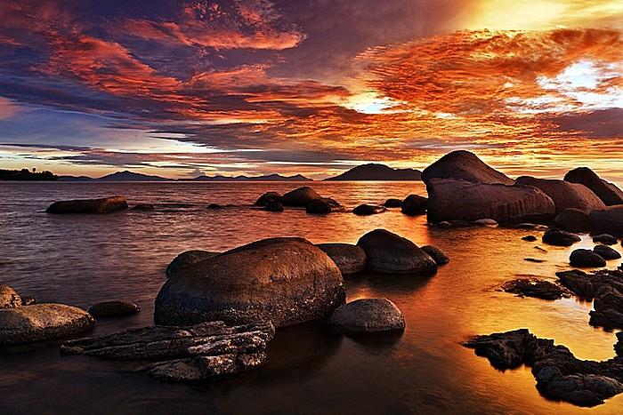 Огненные небеса: фотопейзажи Бобби Бонга