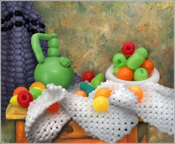 Копии картин из воздушных шариков: «Натюрморт с драпировкой, кувшином и вазой для фруктов» Сезанна