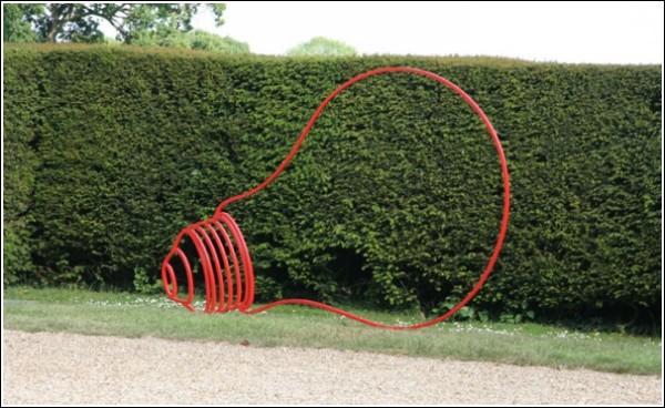 Лампочка Ильича: современная скульптура Майкла Крейг-Мартина