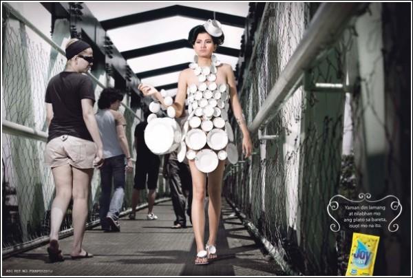 Филиппинская реклама жидкости для мытья посуды: тарелочные доспехи