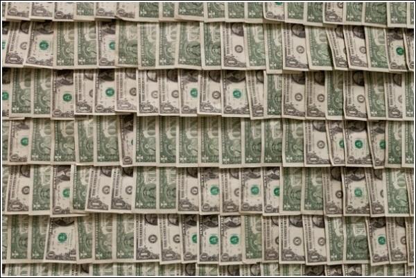 В 50-е в мире искусства деньги не водились