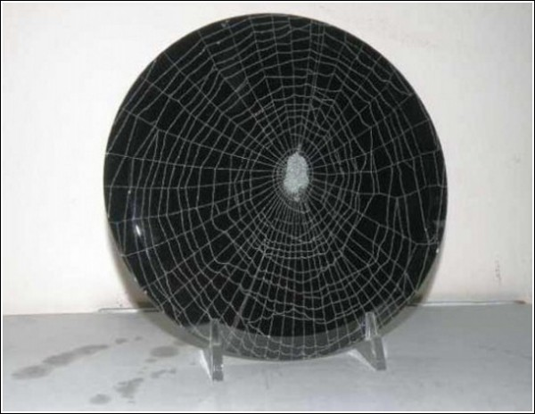 Арт-паутина: художественные эксперименты Эмиля Фиоре