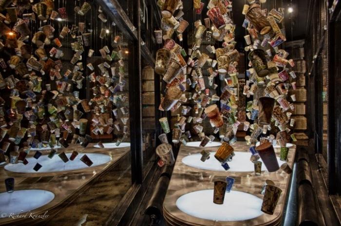 Инсталляция Гвинет Лич глазами разных фотографов