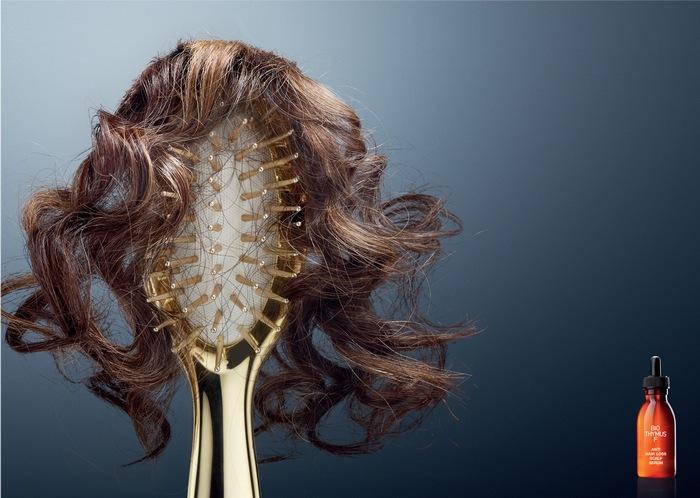 Зачем кормить двойника? Реклама средства против выпадения волос