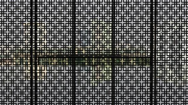 Окна музея в Ханое: а что за ними?