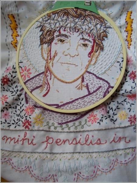 Слоган основанной Дженни Харт фирмы - «Это не бабушкина вышивка!»