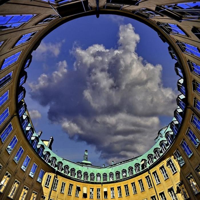 Небесный круг: городские фотографии Nespyxel'a