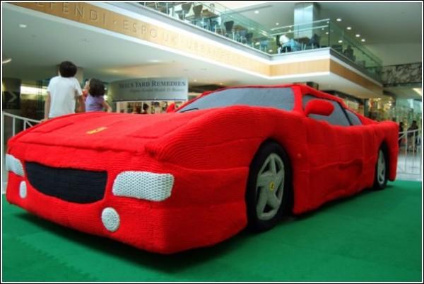 В'язана Ferrari Лорен Портер
