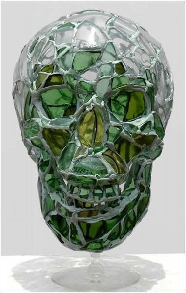 Скульптуры Андреса Басурто: битое стекло + эпоксидная смола