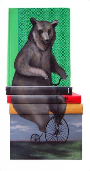 Рисунки на книгах: выставка-библиотека Майка Стилки