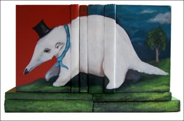 Материалом для творчества калифорнийского художника послужили тысячи книг