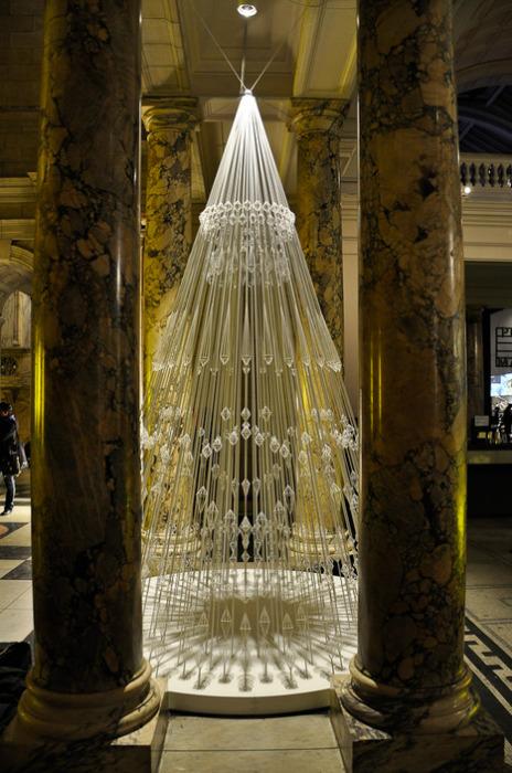 Чудо-«дерево» в Музее Виктории и Альберта