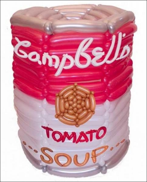 Копии картин из воздушных шариков: *Банка томатного супа Cambbell* Уорхола