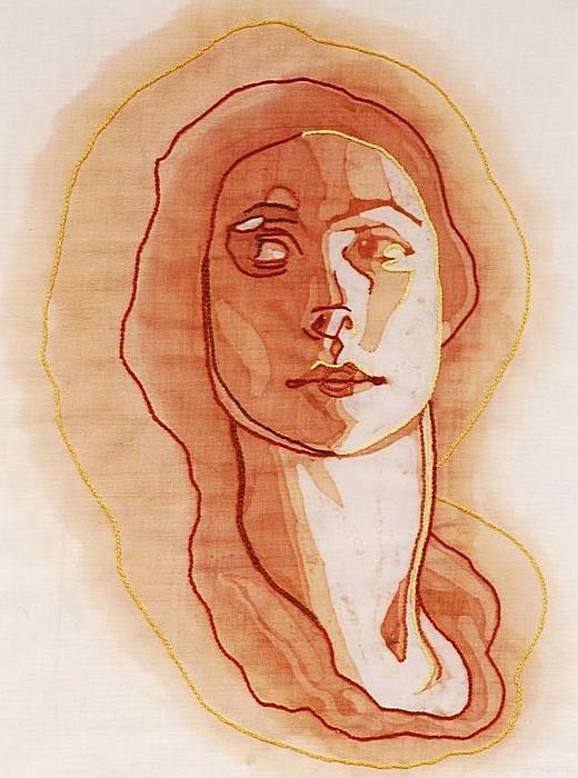 Винные пятна под цвет кожи: творчество Амелии Харнас