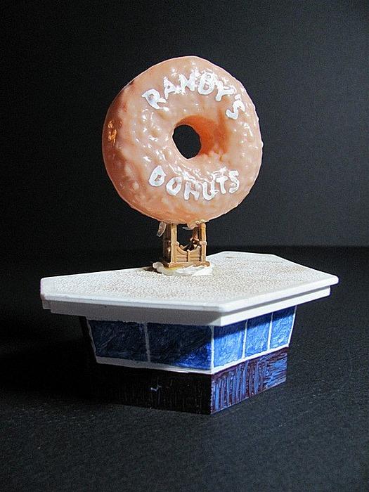 Мегапончик: достопримечательности с обочин в передвижном музее миниатюр