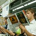 Исследование: Проанализировала спрос на самую востребованную в транспорте литературу