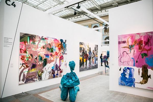 Более 250 художников примут участие в ярмарке Cosmoscow в этом году