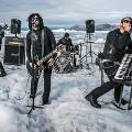 В Гренландии состоялся первый в мире концерт на айсберге