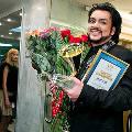 Филипп Киркоров привел на «Золотой граммофон» мать своих детей