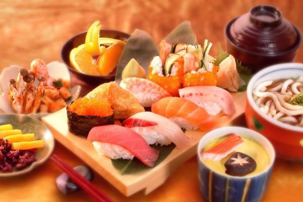 Чем объясняется популярность японской кухни в России