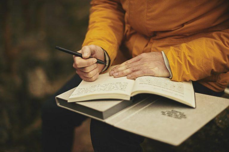 Как стать известным писателем, книги которого будут пользоваться популярностью