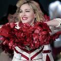 Мадонна на концерте в Петербурге нарушила закон о пропаганде гомосексуализма
