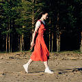 Модные тенденции: от платьев до аксессуаров