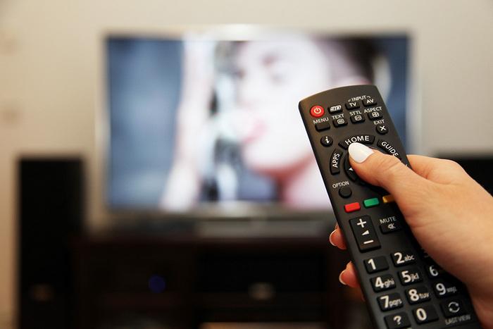 О преимуществах использования онлайн-телевидения перед традиционным