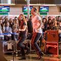 «Океан Эльзы» дали бесплатный концерт в московском аэропорту