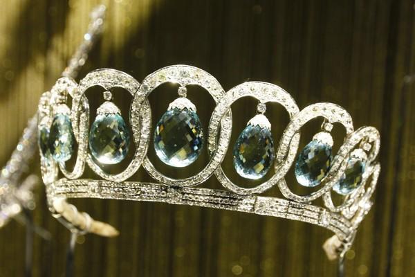 В Кремле открылась выставка драгоценностей Дома Bvlgari: их носили Элизабет Тейлор, Одри Хепберн и другие знаменитости