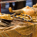 """В Египте начали реставрировать саркофаг """"золотого фараона"""" Тутанхамона"""