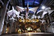 Гигантские бумажные птицы - новый арт-проект мастера оригами
